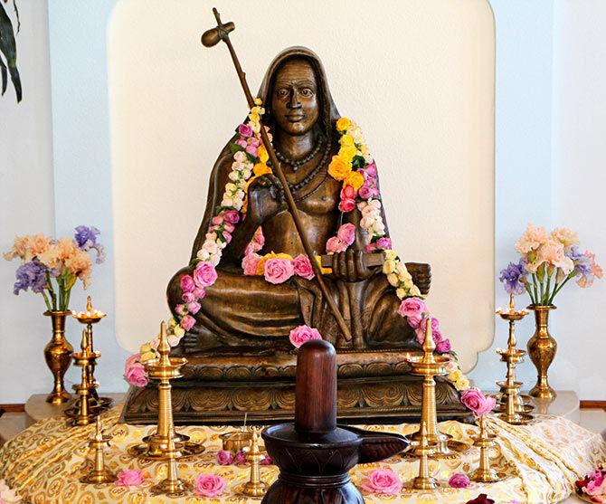 शंकराचार्य, काशी, shankaram shankaracharya, adi-shankaracharya, shankara-jayanti-2020, Advaita Vedanta, Hinduism, Nirguna Brahman, Indian philosopher